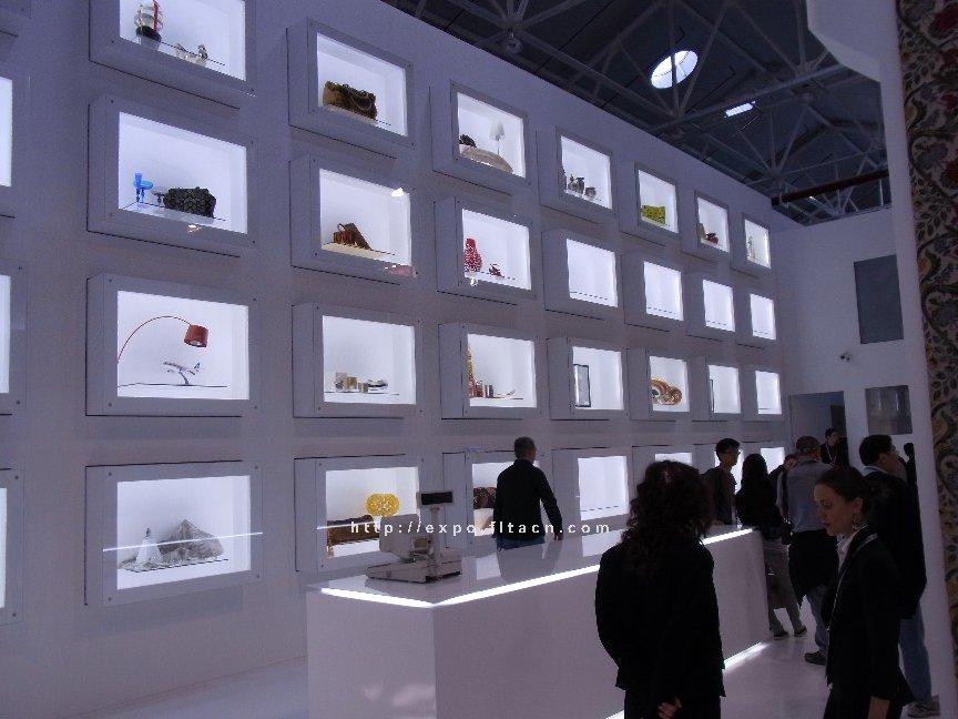 Venezia Case Pavilion: Image No.6